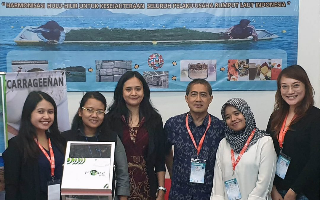 Pr1megum promoting carrageenan at Indonesian Trade Expo